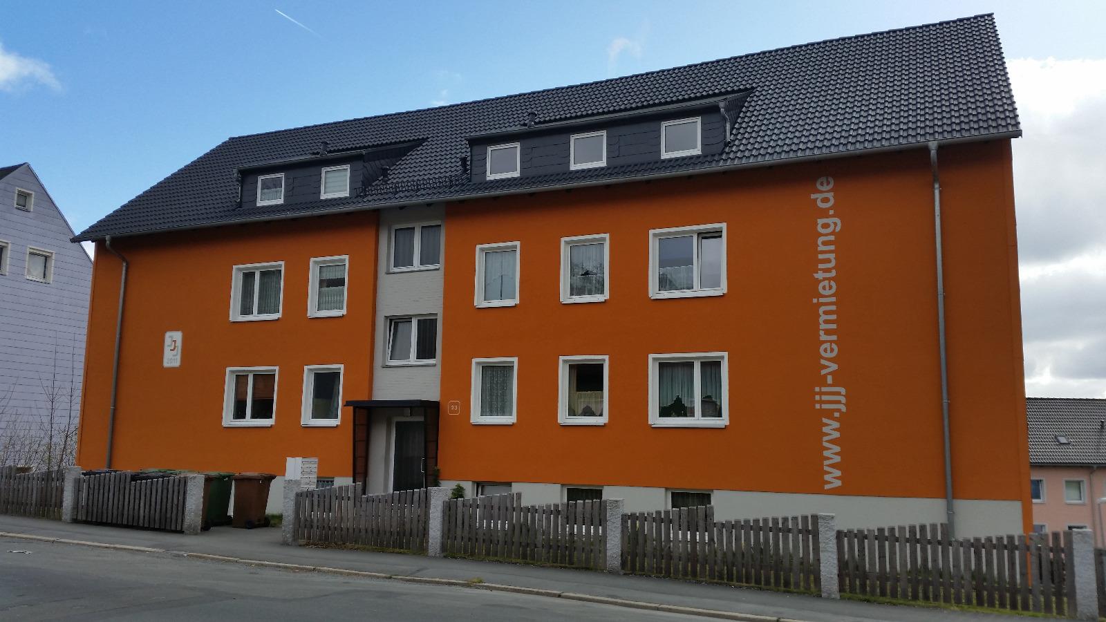 Mehrfamilienhaus Hof Hügelstraße 23
